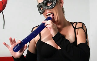 Weirdo mama procurement her soul lip involving cum
