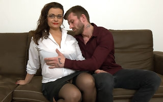 Curvy big breasted housewife shafting increased by sucking cock